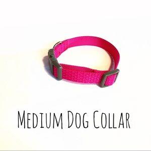 ❤️ Stunning Hot Pink dog necklace (Collar) Medium